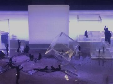 """Liminal"": Sense-based dining exhibition. Berlin, 2016 Environmental Design, instructor Rob Ball"