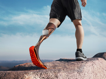 Hierex is a hiking prosthetic leg for below-knee amputees. It applies a water cooling system that reduces sweating, preventing the prosthetic leg from slipping off the limb, allowing the user to hike for longer distances.